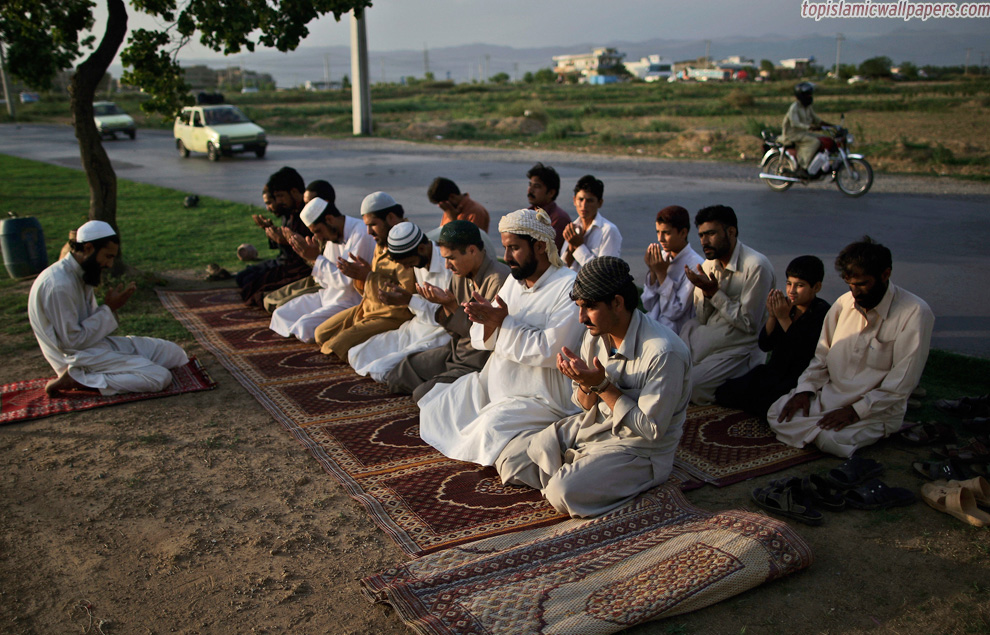 Ramadan_2012_Islamic_Pictures_IslamicImages_From_All_Over_World_bp35
