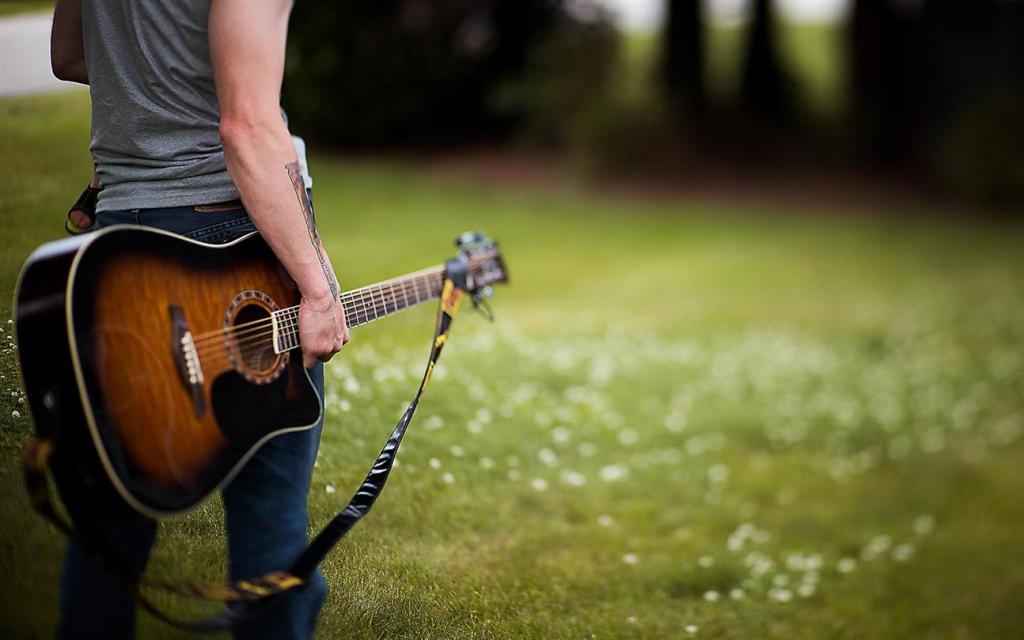 boy-play-guitar-images-hd